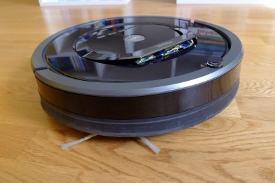 Roomba with controller its handle